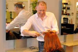 Norrie McDicken, cutting hair at Salonori
